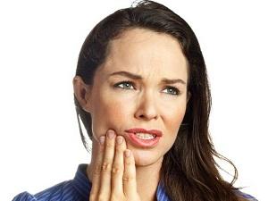 Как быстро избавиться от зубной боли в домашних условиях?