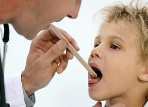 как лечить стоматит у детей в домашних условиях