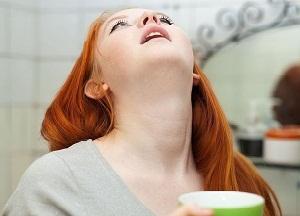 чем можно полоскать рот после удаления зуба