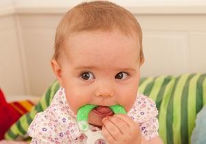 как понять что у ребенка режутся зубки