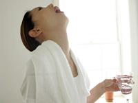 полоскать рот хлоргексидином