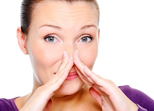 что делать, если изо рта пахнем ацетоном
