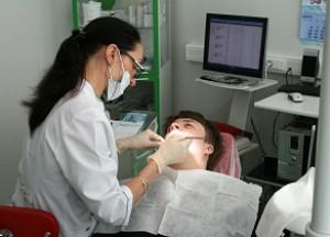 чем отличается зубной врач от врача стоматолога