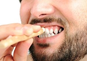 палочка для зубов мисвак
