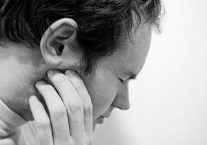 вывих нижней челюсти симптомы
