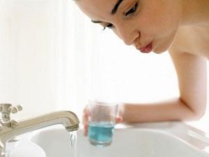можно ли полоскать рот хлоргексидином