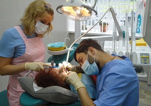 врач стоматолог ортопед